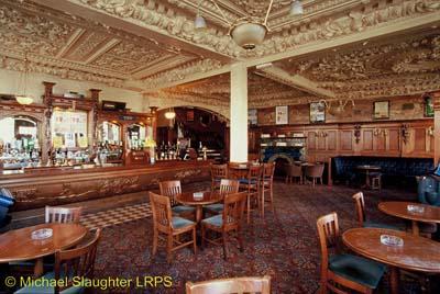 LiverpoolCityCentre-Crown-Interior